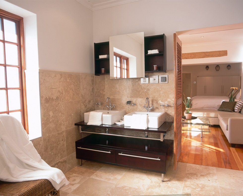 We Also Believe In Peace Of Mind Which Is Why Each Suite Has Its Own Private  Entrance, Alarm System, Safe And Garage.